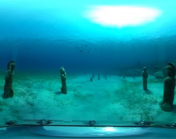 Freediving Green Bay Statues - 360 video